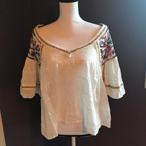 Anthropologie Embroidered blouse  👚